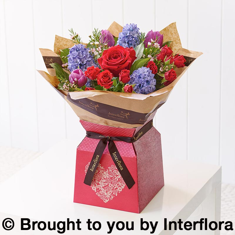 valentine's day gift box of flowers