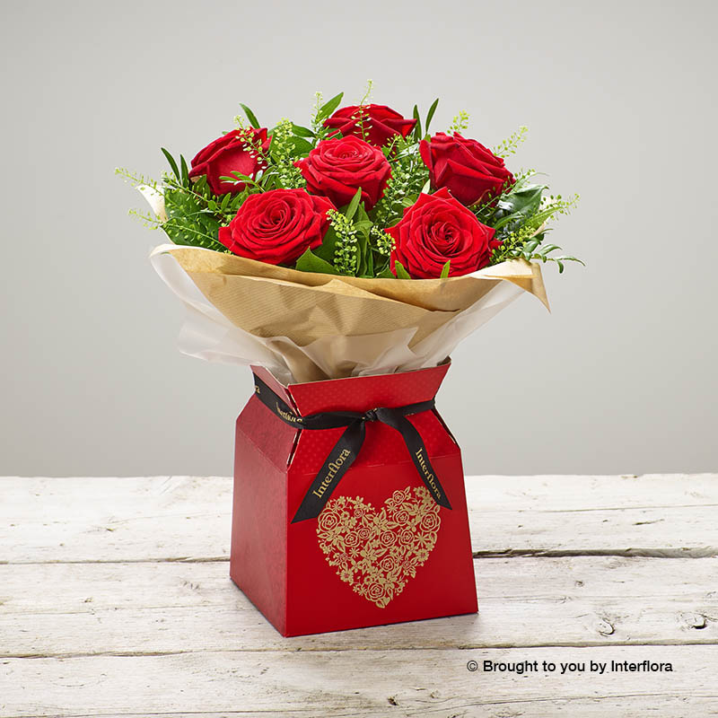bouquet with six red roses